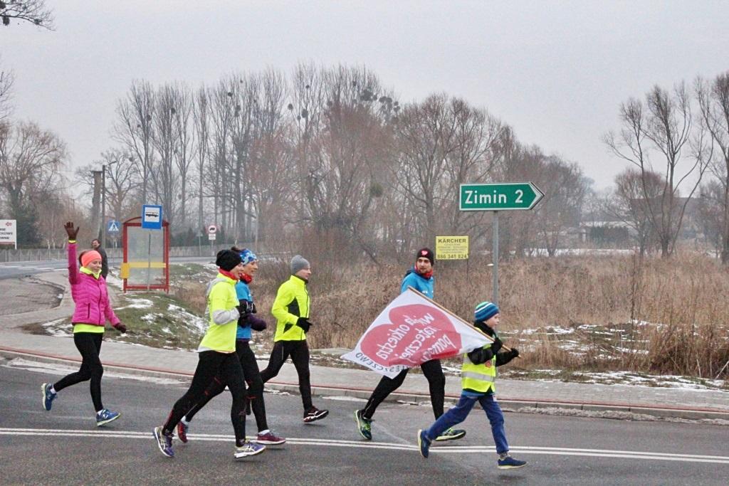 Niespodziewana meta w Kleszczewie na biegu dla WOŚP. To szaleństwo, ale nie bez metody.